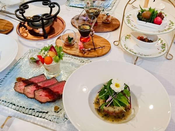 【夕食一例】気取らない家庭的な和洋折衷のお料理を召し上がれ♪