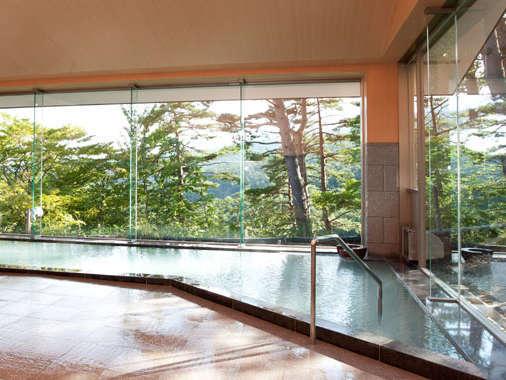 2013年10月リニューアル!大浴場「山の湯」開放感あふれるスペースとバリアフリー重視で快適に☆