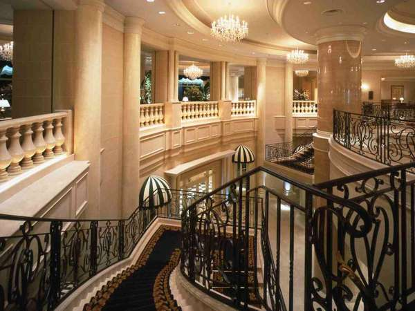 2階エントランス 階段