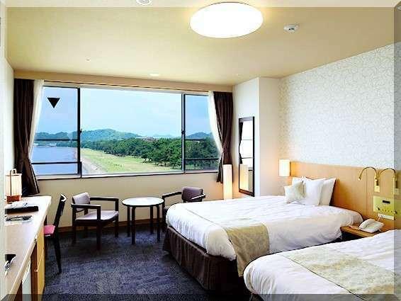 【和室10畳(トイレ付)】琵琶湖の景色を楽しめるレイクビュー和室10畳