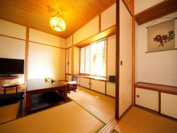 露天風呂付離れ客室【つばき】8畳+6畳の2間続き