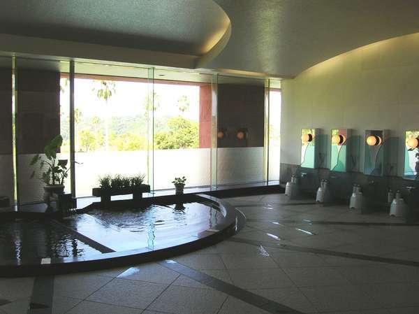 クラブハウス内男性大浴場