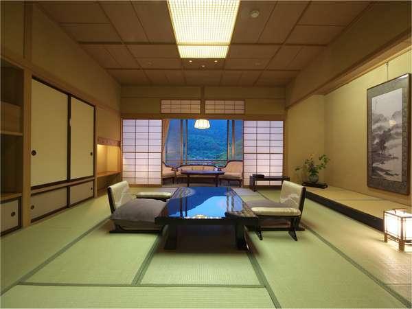 【ロイヤルスイート】自然に抱かれているような癒しを演出する専用露天風呂付特別室。