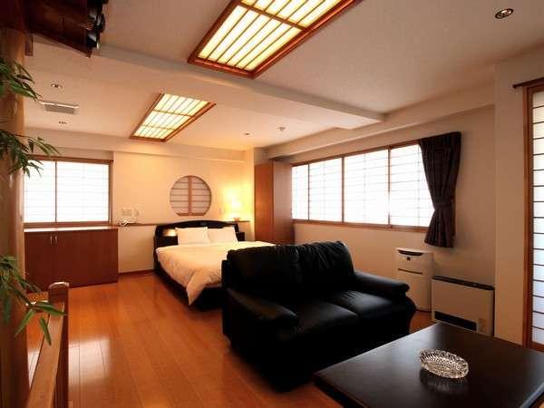 当館の高層階にあります特別洋室です。52㎡の広さと広々としたお風呂。専用サウナもございます。