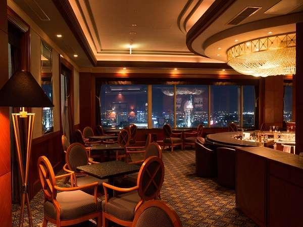 夜景を眺めながら味わう至福のひととき。富山市内の絶景が一望できる19F スカイバー アストラル