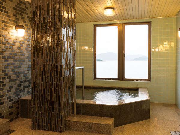 ■大浴場■当館自慢の神明石(ブラックシリカ)使用の人口温泉を心ゆくまでお愉しみくださいませ。