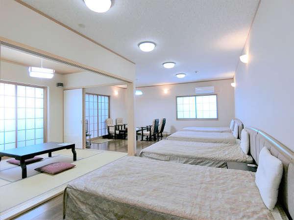 ・(205号室)【広々和洋室】並びのベッドでグループに最適