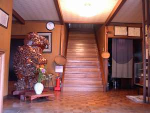 旧館玄関ホール