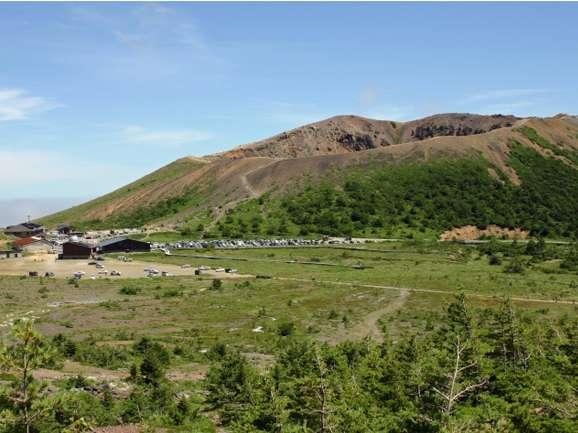 吾妻スカイラインの浄土平は簡単に登山できるスポット。紅葉とセットで行くのがオススメです!!