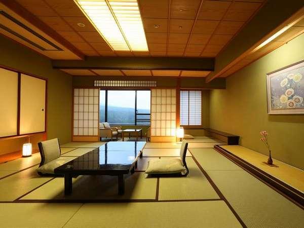 【新客殿/特別室】草津の高台からの眺めを望める11~14階の特別室 ※一例