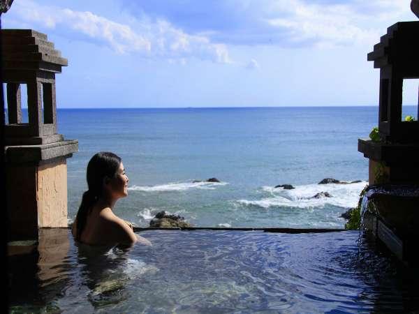 【貸切風呂】海の見える絶景風呂。潮騒をBGMに温泉に浸る贅沢時間を