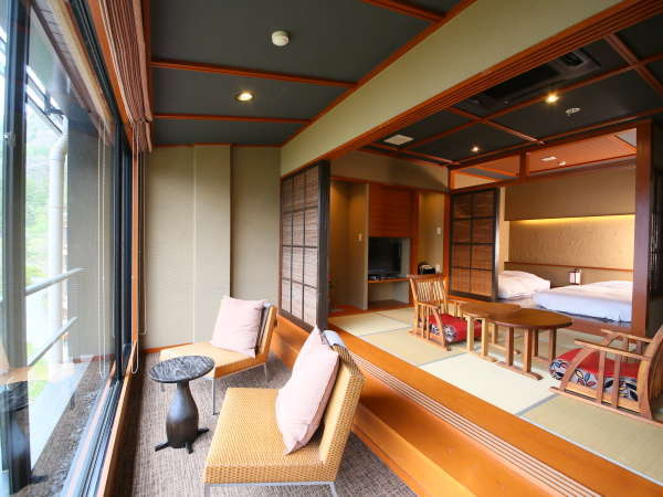 【悠々庵】ツインのローベットを完備した和洋室。広々としたお部屋でおくつろぎ下さい。