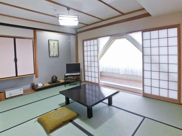 和室7.5畳 小家族でご旅行に最適です!