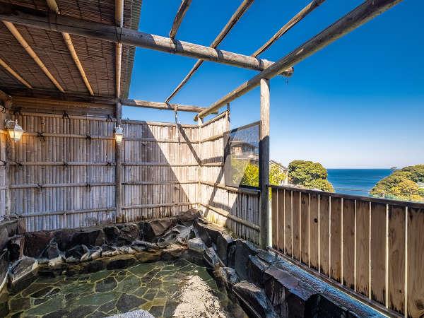 【露天風呂】相模湾が一望できる絶景の露天風呂!貸切りでのご利用もできます。