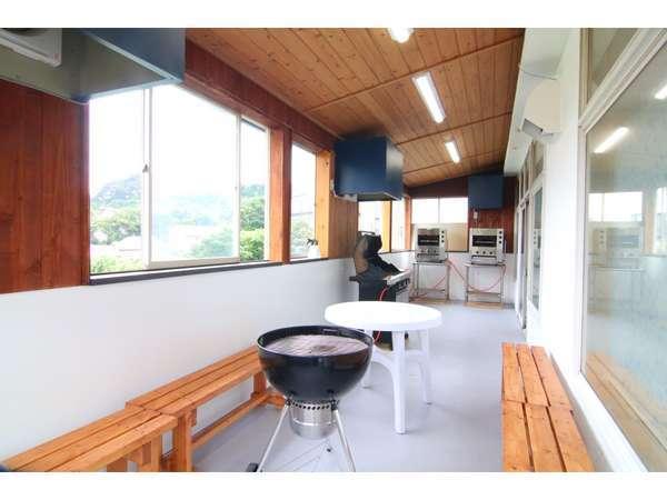 2020年11月全館リニューアル。改装した室内BBQコーナーのお写真です。屋外のBBQコーナーも同時新装!!
