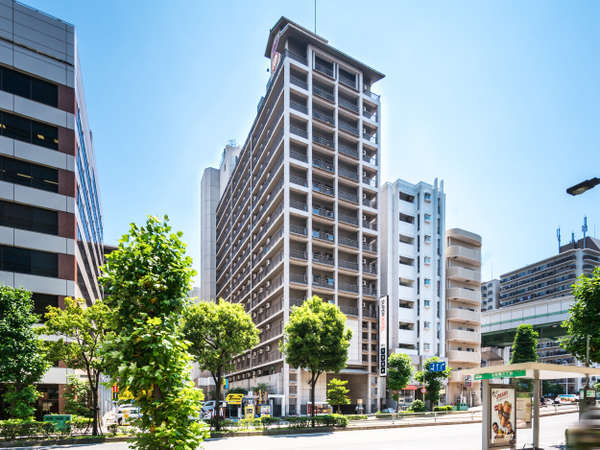 【ホテル外観】大阪メトロ千日前線阿波座駅9番出口より徒歩約5分中央線3番出口より徒歩約7分