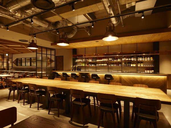 5Fレストラン【Captain's Grille & Bar】