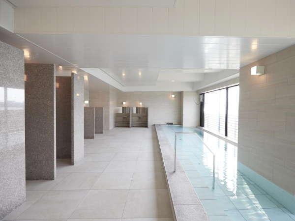 宿泊者専用の大浴場です。入浴時間15:00-25:00(LO24:30)/6:00-10:00(LO9:30)