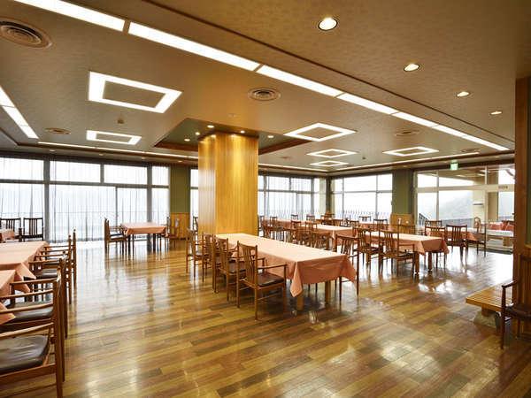 【レストラン】夕食・朝食はこちらでお召し上がり頂きます。