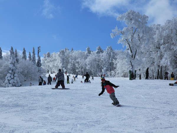 【瑞穂ハイランド】リフト券がゲレンデ近くで受け取れるプランは当日滑走にとっても便利!