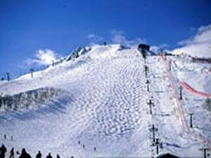 八方尾根スキー場♪長野オリンピック競技開催地としても有名!横広く縦にも長く、8Kmにもおよびます。