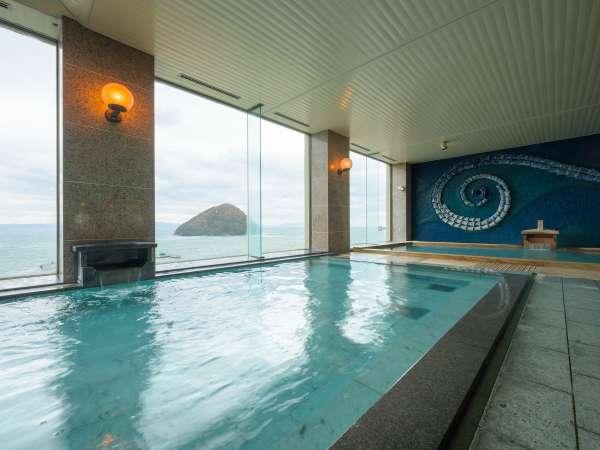 展望風呂から望む「湯の島」