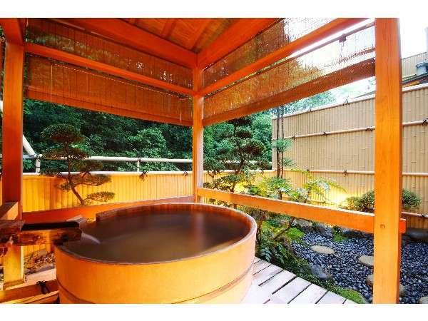 ≪露天風呂付客室一例≫24時間いつでも好きな時に温泉をお愉しみいただけます。