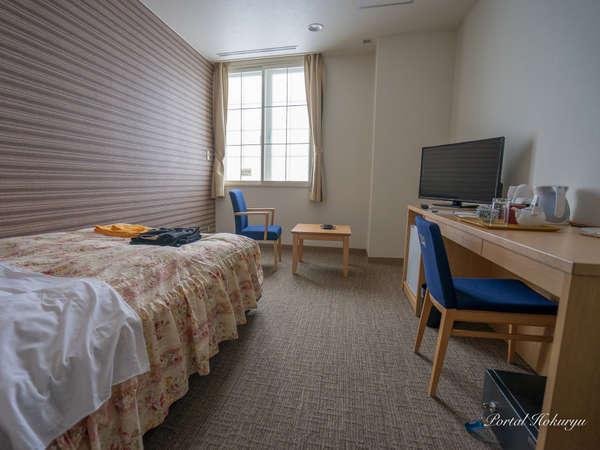【シングル】新設されたシングルルームは限定2室。客室内にユニットバス付。