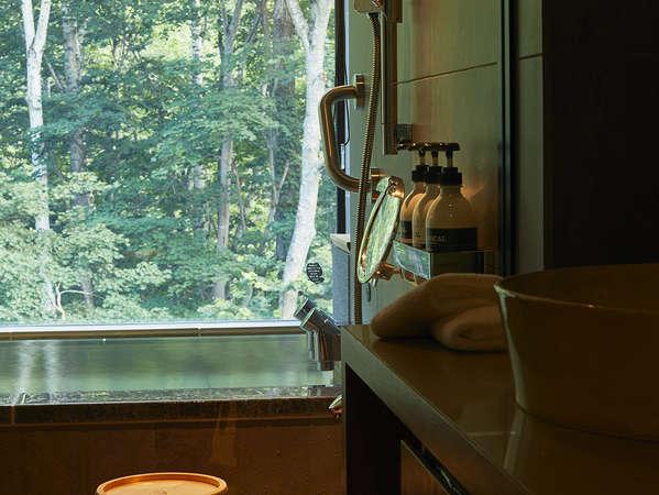 客室全室完備【森の展望風呂】