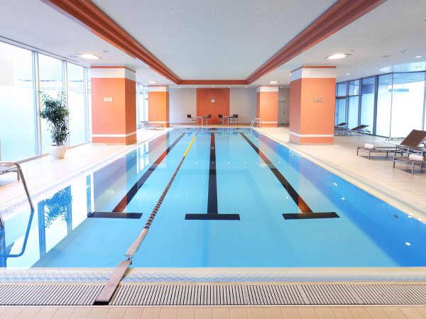 【屋内温水プール】リフレッシュ最適な都会のオアシス(ご宿泊者は無料)。