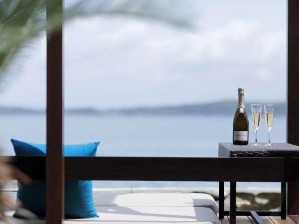 【ゆけむりの宿 美湾荘】旅にぴったりな季節☆海の景色をのんびり眺める中庭BテラスOPEN!