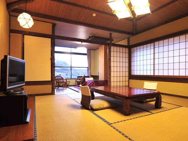 *客室一例/カップルはもちろんファミリーでも広々!二間続きの和室で癒しの時間を。