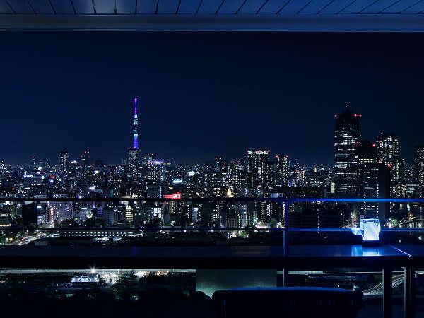 クラブラウンジ「クラブメズム」テラス席からの夜景
