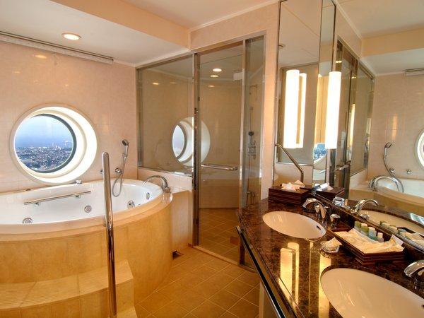 スカイリゾートフロア「ザ・トップ」プレミアムダブル バスルーム