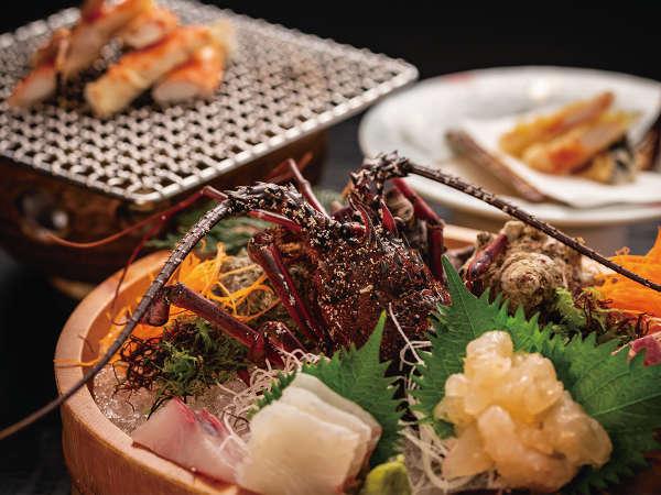 【伊勢海老活き造り】伊勢海老ならではのプリプリの食感と甘みをお愉しみください。※イメージ