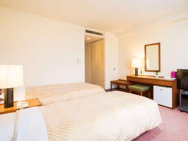 ≪ツインルーム/22平米≫ベッド幅100cmのシングルベッドが2台