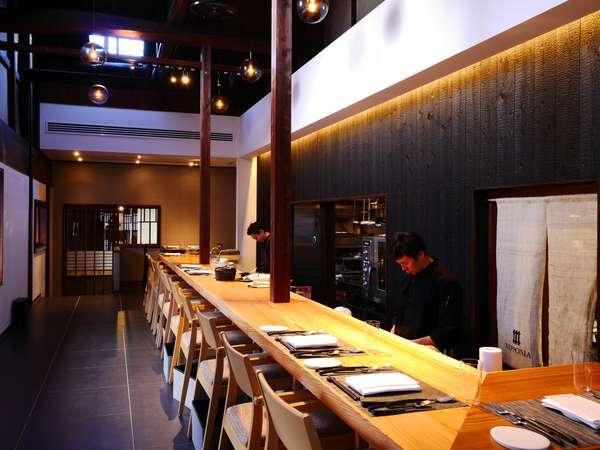 酒蔵の想いを受け継ぎ、提供する料理は日本酒とのマリアージュを愉しむ創作フレンチ。