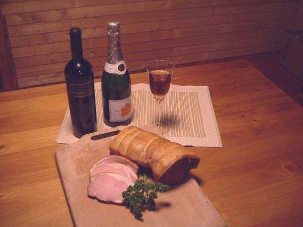 ワインと自家製ベーコン