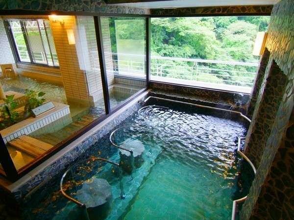 温泉クアハウスの立ち湯