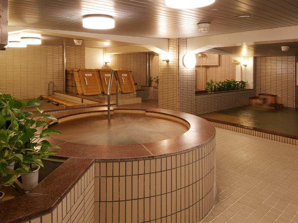 温泉クアハウスの泡沫湯