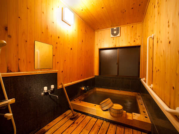 貸切風呂は宿泊者の方は無料で6時~23時までご利用頂けます