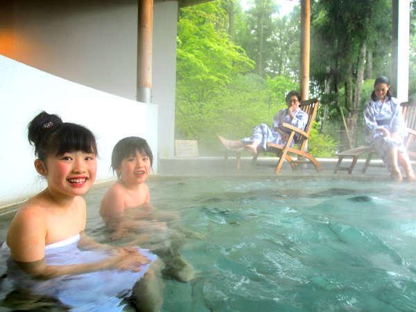 家族みんなで貸切露天風呂!