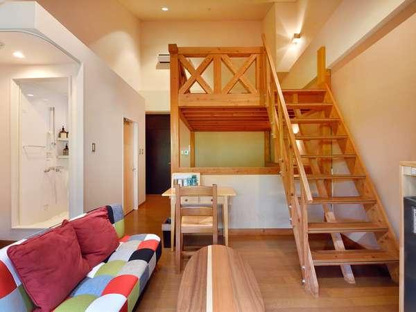 本館洋室 洋室タイプ(2段ベッド)ロフト部分は2名様可能。トイレとシャワールーム完備