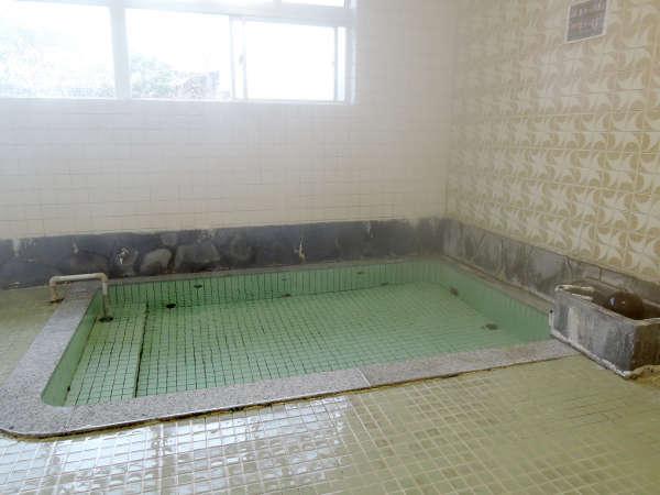 *大浴場一例/源泉かけ流し・加水なし。純粋なかみのやま温泉のお湯に24時間入り放題です!