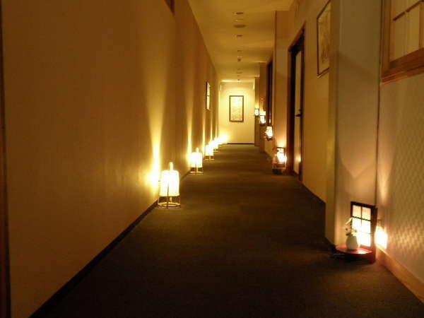 湯楽庵客室につづく廊下
