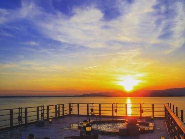 【舘山寺サゴーロイヤルホテル】全室浜名湖が望める、夕日が絶景な温泉旅館!