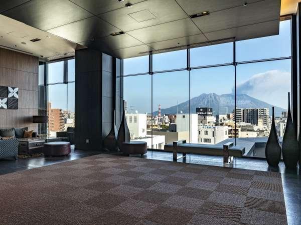 7階ロビーから見える絶景の桜島