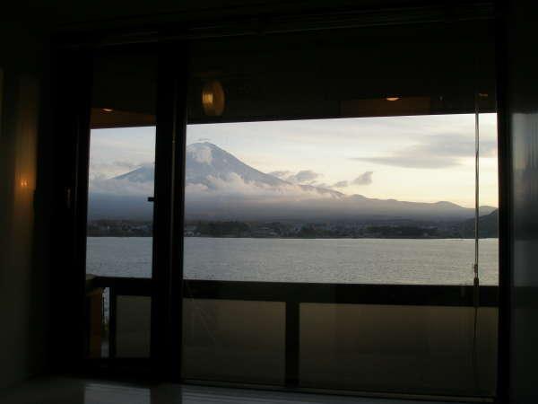 展望風呂からの富士山