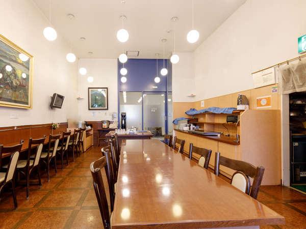 館内レストラン お食事はこちらでお召し上がりいただけます。