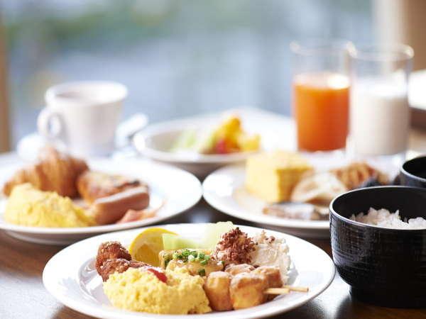 人気の60品目の和洋朝食ブッフェ♪「からだにやさしい」メニューを中心に、一日が元気に始まります♪
